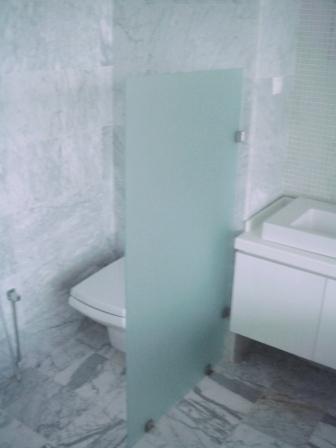 cabine de douche technoaluglass menuiserie aluminium tunisie. Black Bedroom Furniture Sets. Home Design Ideas